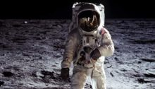 207312-astronautii