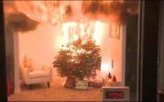 Συμβουλές της Πυροσβεστικής για να μην κινδυνέψετε από πυρκαγιά λόγω του… χριστουγεννιάτικου στολισμού