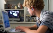 Οι νέοι εγκαταλείπουν το Facebook
