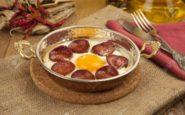 ΠΟΛΙΤΙΚΗ ΚΟΥΖΙΝΑ: Αυγά με σουτζούκι