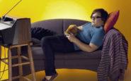 Τι παθαίνουν τα παιδιά που κάθονται συνέχεια στην TV και τον υπολογιστή