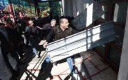 Σοβαρά επεισόδια σημειώνονται έξω από το Πρωθυπουργικό Μέγαρο του Έντι Ράμα στην Αλβανία.