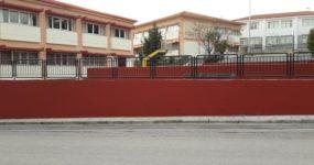 Πραγματικό στολίδι ξανά το κτιριακό συγκρότημα του Γυμνασίου και Λυκείου Ωραιοκάστρου.