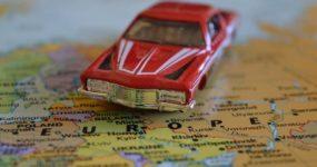 Οδήγηση στο εξωτερικό: Ενοικίαση, κανόνες, ασφάλεια, άδεια οδήγησης και όλα όσα πρέπει να ξέρετε