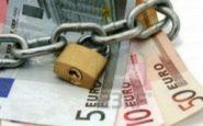Έρχεται μπαράζ κατασχέσεων για χρέη στην εφορία – Ποιοι μπαίνουν στο στόχαστρο της ΑΑΔΕ