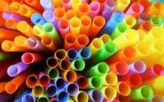 Ποια πλαστικά προϊόντα καταργούνται από το καλοκαίρι του 2020