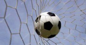 Η νέα δημοτική αρχή αρχίζει να βάζει γκολ στον εαυτό της