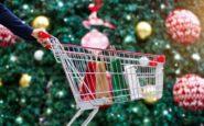 Εορταστικό ωράριο Χριστουγέννων: Πότε ξεκινά – Ποιες Κυριακές θα είναι ανοιχτά τα καταστήματα