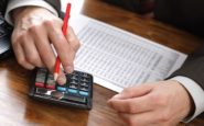 Εισφορές: Πώς θα γίνει η μείωση και ποιους αφορά