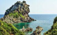 Σκόπελος: Το νησί των καταπράσινων τοπίων και των σμαραγδένιων νερών