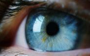 Πιάνουμε το πρόσωπό μας 11 φορές την ώρα -Συμβουλές για να διατηρήσετε υγιή τα μάτια σας