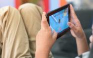 Πως θα «ξεκολλήσουν» τα παιδιά από κινητά & ταμπλετ -Η κίνηση ματ από τους γονείς