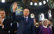 Η Αγία Σοφία ως πολιτικό «όπλο» στα χέρια του Ερντογάν