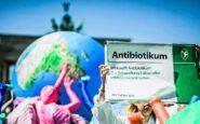 Πώς ο COVID-19 αυξάνει την μικροβιακή αντοχή και επιταχύνει την «αντιβιοτική αποκάλυψη»