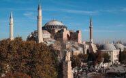 Δεν χάνουν ούτε λεπτό οι Τούρκοι – Έκλεισαν την Αγιά Σοφιά για το κοινό για να την ανοίξουν ξανά ως τζαμί