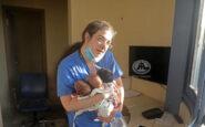 Βηρυτός: Η συγκλονιστική εξομολόγηση της νοσηλεύτριας που περπάτησε 5 χλμ. με τρία νεογνά στην αγκαλιά για να τα σώσει