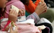 Σχολικά γεύματα για 185.000 παιδιά σε 1227 σχολεία