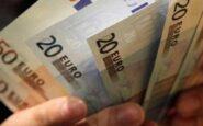 Εφορία: Πώς φορολογούνται τα χρήματα που δίνουν οι γονείς στα παιδιά τους
