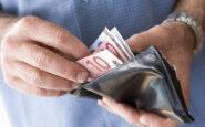 ΕΡΕΥΝΑ: Μείωση εισοδήματος για έναν στους δύο εργαζόμενους
