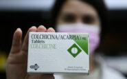 «Ουρές» στα φαρμακεία για την κολχικίνη – Φαρμακοποιοί: Δεν δίνεται χωρίς ειδική συνταγή