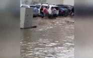 Θεσσαλονίκη: Νεκρός άνδρας μετά την καταιγίδα -Παρασύρθηκε το όχημά του από τα ορμητικά νερά
